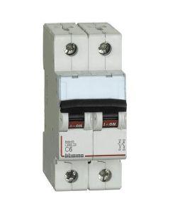 Interuttore magnetotermico 2p 6A 4,5ka curva C BTICINO FA82C6